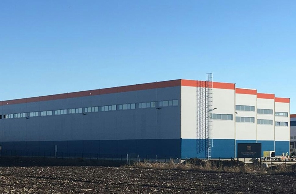 Warehouse facility and corresponding offices of company Pro Team